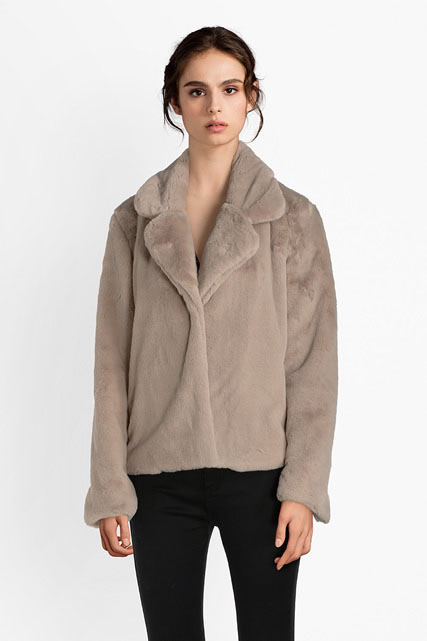 Manteau court en fourrure teddy LA FEE MARABOUTEE