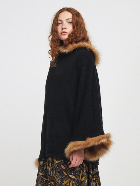 Pull poncho oversize col fausse fourrure MOLLY BRACKEN